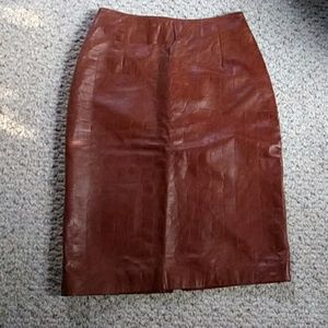 Size 2 vintage leather pencil skirt Pelle lt brown